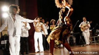Brasilianische Show Born to Samba