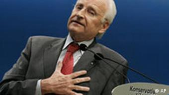 Edmund Stoiber speaks at a CSU congress