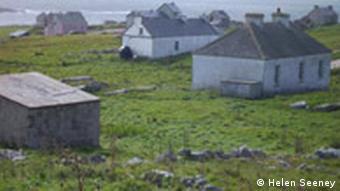 La misère économique a forcé les derniers habitants de l'île à tout laisser derrière eux.