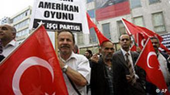 Türkei USA Armenien Demonstration in Istanbul gegen Völkermordsresolution