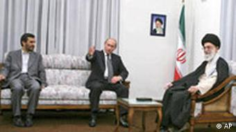 دیدار پوتین با آیتالله خامنهای و احمدینژاد در تهران، عکسی از دوره مناسبات بهتر میان تهران و مسکو