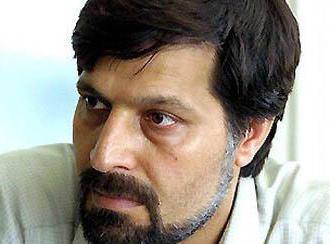 عمادالدین باقی، روزنامهنگار و رئیس انجمن دفاع از حقوق زندانیان