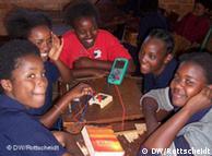 Los chicos de Zambia aprenden a cuidar el medio ambiente.