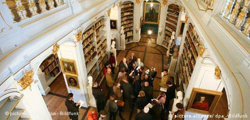 Anna Amalia Bibliothek Weimar Deutschland Wiedereröffnung
