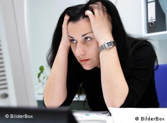 کلافه است. در آلمان ۶۰ درصد از کارمندان، دست کم گاهی چنین حالتی دارند.