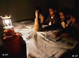Palestinian, children, lantern, Gaza City, বিদ্যুৎ, গাজা,