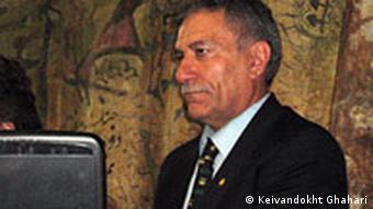 محمدعلی دادخواه، حقوقدان و وکیل