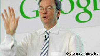 Vorstandschef des Suchmaschinen-Imperiums ist Eric Schmidt (Foto: dpa)