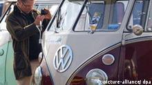 Deutschland Auto VW Bulli wird 60 Jahre