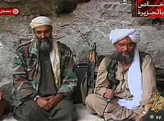 اسامه بنلادن و ایمان الظواهری، رهبران شبکه تروریستی القاعده