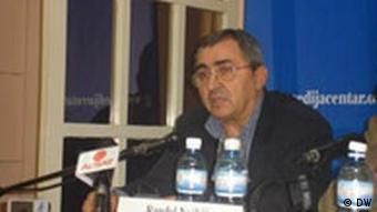Ranđel Nojkić smatra da štetu trpe i Albanci i Srbi