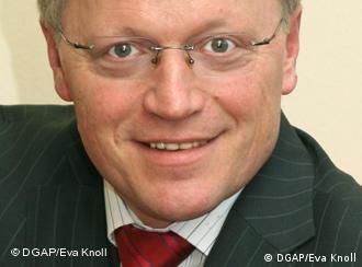 Prof. Dr. Eberhard Sandschneider