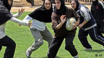 جنبش زنان ایران نیروی اصلی خود را یافته است: دختران جوان
