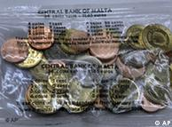 Un paquete de monedas de distintas denominaciones podía comprarse para conocer el euro.