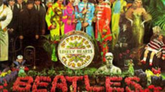 Cover des Beatles Albums St. Peppers Lonely Hearts Club Band