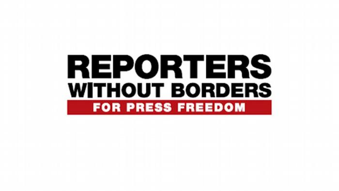 Logo Reporters without Borders englisch