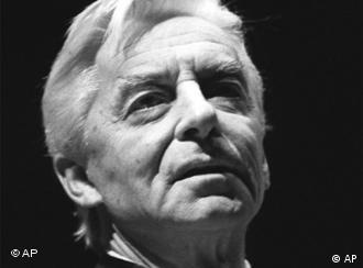Herbert von Karajan: 100 años de su nacimiento.