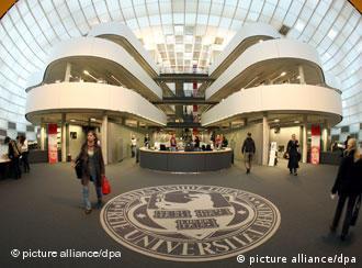 Ελεύθερο Πανεπιστήμιο του Βερολίνου - Βιβλιοθήκη της Φιλολογικής Σχολής