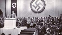 Discurso de Adolf Hitler el 2 de diciembre de 1938. El 30.01.08 se cumplen 75 años de la ascensión de los nazis al poder.
