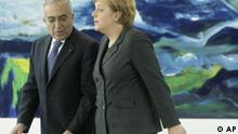 Deutschland Palästinenser Ministerpräsident Salam Fayyad in Berlin bei Angela Merkel
