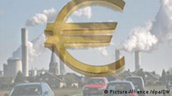 Symbolbild Klimaschutz Klimawandel Kosten Euro (Picture-Alliance /dpa/DW)