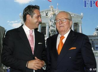 Heinz Christian Strache shaking hands with Jean-Marie Le Pen