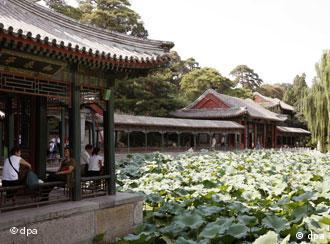 颐和园内一景