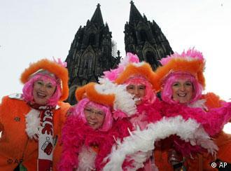 Quem quiser participar no Carnaval de Colónia deve estar mascarado