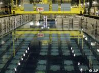لا ہاگ ميں استعمال شدہ ايٹمی ايندھن کے ٹينک پانی کے اندر