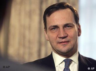 Poljski ministar vanjskih poslova Sikorski zadovoljan je poljsko-američkim dogovorom