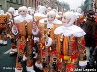 比利时的狂欢节街头
