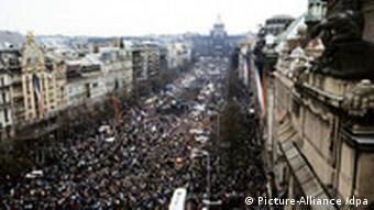 Large demonstration on Wenzelsplat on November 27, 1989