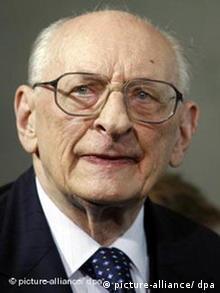 Foreign Polish foreign affairs minister and Auschwitz survivor, Wladyslaw Bartoszewski