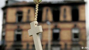 Deutschland Türkei Ludwigshafen Brand Kreuz