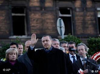 Recep Erdogan: Não confundir integração com assimilação