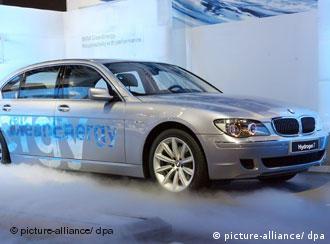 Hydrogen 7 - водородная надежда BMW