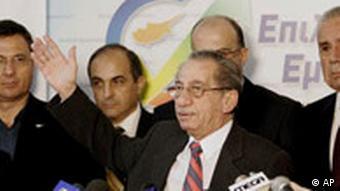 Cyprus President Tassos Papadopoulos concedes defeat
