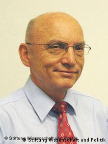 Немецкий эксперт Роланд Гёц