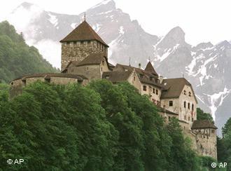 Die Burg in Vaduz, Liechtenstein (Quelle: AP)