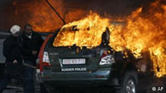 Kosovo Serbs destroy and burn UN vehicles on the checkpoint in Jarinje, on the Serbia-Kosovo border
