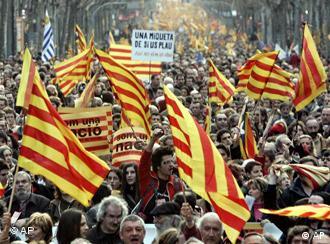 Na ulicama na stotine katalanskih zastava