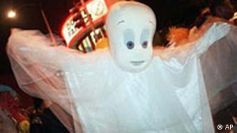 Kleines Gespenst an Halloween