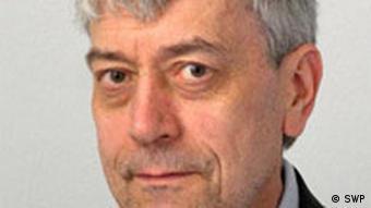 اووه هالباخ، کارشناس آلمانی: آذربایجان قراداد خرید ۱ ملیارد و ۶۰۰ میلیون دلار جنگافزار از اسرائیل امضا کرده است
