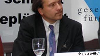 Ulrich Delius GfbV-Kampagne zum Klimawandel 14. 12. 2006 (presse/GfbV)