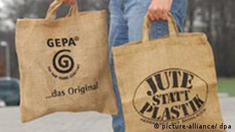 Ambientalistas sugerem: população deve evitar sacos plásticos