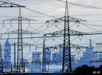 Symbolbild Landschaft mit Stromnetz (Bild: Wirtschaftsministerium)