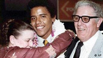 Young Obama with grandparents