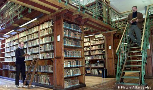 Niedersächsische Staats- und Universitätsbibliothek (SUB) in Göttingen freies Bildformat