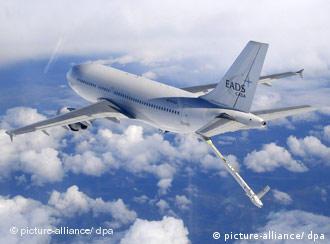 Airbus se retrage din cursă şi critică condiţiile nedrepte ale licitaţiei