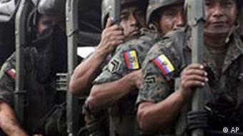 Ecuador Truppen auf Weg zu Grenze Kolumbien